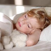 Как научить ребенка вставать рано и высыпаться