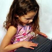 Давать ли ребенку планшет? Гаджеты – как сладкое