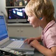 Учеба и гаджеты: что подарить школьнику и студенту к 1 сентября