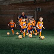 Ребенок хочет заниматься футболом. Как выбрать футбольную школу?