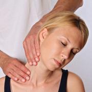 Что такое остеопатия и что она лечит?