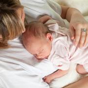 Как обрабатывать пупок новорожденного: современные рекомендации