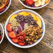 Полезный завтрак и правильный обед: смузи-боул и будда-боул