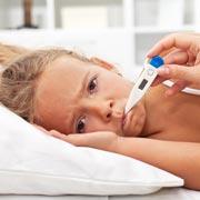 Сбивать ли температуру у ребенка – и как относиться к другим лекарствам