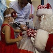 Стать Дедом Морозом: 12 адресов, где ждут подарков к Новому году
