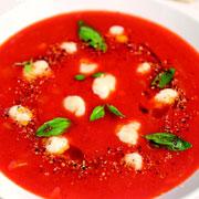 Украинская кухня: 4 вкусных супа из спелых овощей