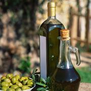 Оливки — здоровое украшение