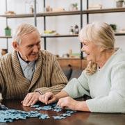 Почему больной деменцией ведет себя агрессивно – и что делать?
