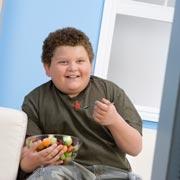 Ребенок толстеет на глазах: что делать?
