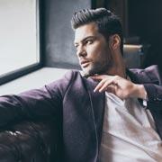 5 признаков нарцисса. Как понять, что ваш избранник опасен?