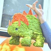 День рождения для бесстрашных мальчишек-любителей динозавров