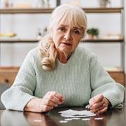 Почему страдает память у людей с деменцией