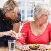 10 признаков деменции: что страдает в первую очередь