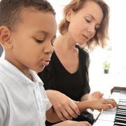 Раннее обучение музыке – путь в профессионалы?
