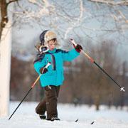 Высокий старт (малыш на горных лыжах)