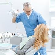 10 фраз: как врут пациенты стоматологу. А он все равно догадается!