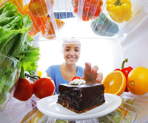 Ученые наконец договорились, какая диета лучше. Что есть, чтобы не болеть