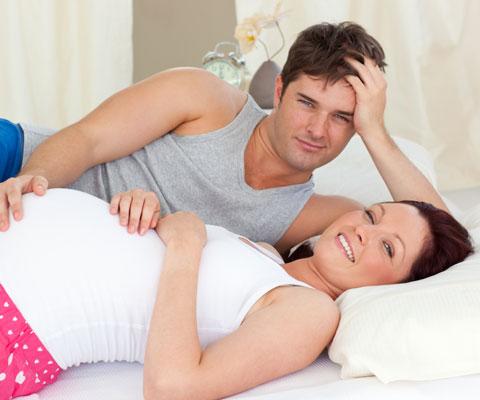 Секс во время беременности, можно ли во время беременности заниматься любовью, секс в первые недели беременности
