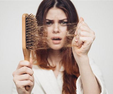 Как выбрать ампулы против выпадения волос. Витамины в ампулах для волос