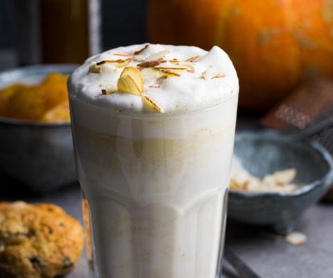 Что приготовить на Хэллоуин: напитки с шоколадом и тыквой