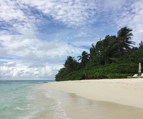 Отдых на Мальдивах: как выбрать перелет - и развлечения для детей