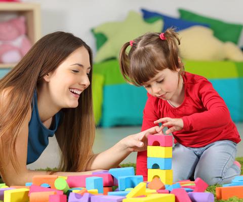 Как стать няней? Работа частной няней в семье