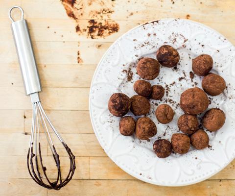 Шоколадные маффины и трюфели: рецепты для детей от Чадейки
