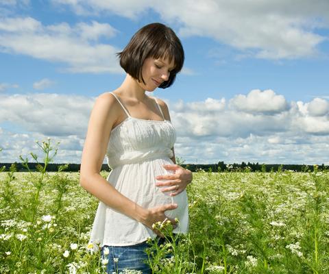 Модные и стильные джинсы для беременных – как выбрать?