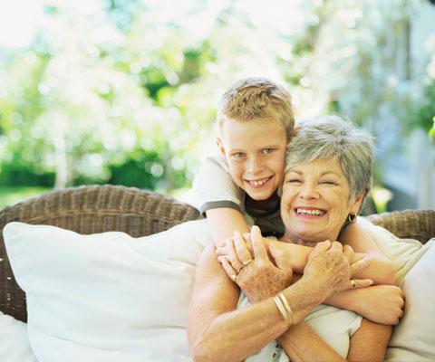 Общение бабушки с внуком