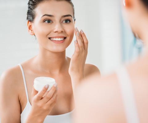 Осень: как ухаживать за кожей в домашних условиях и зачем идти к косметологу