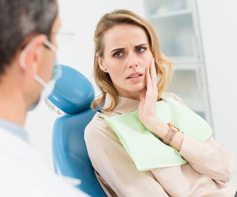 Внезапная зубная боль: что делать? Обезболивающие и другие средства
