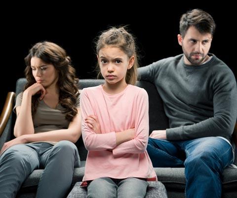 """""""Я их ненавижу!"""" Как помочь ребенку пережить развод родителей"""