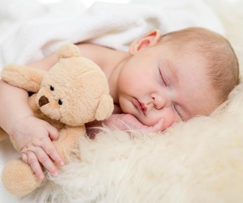 Как класть ребенка спать новорожденного