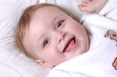 Что умеет ваш малыш? Второй - четвертый месяц