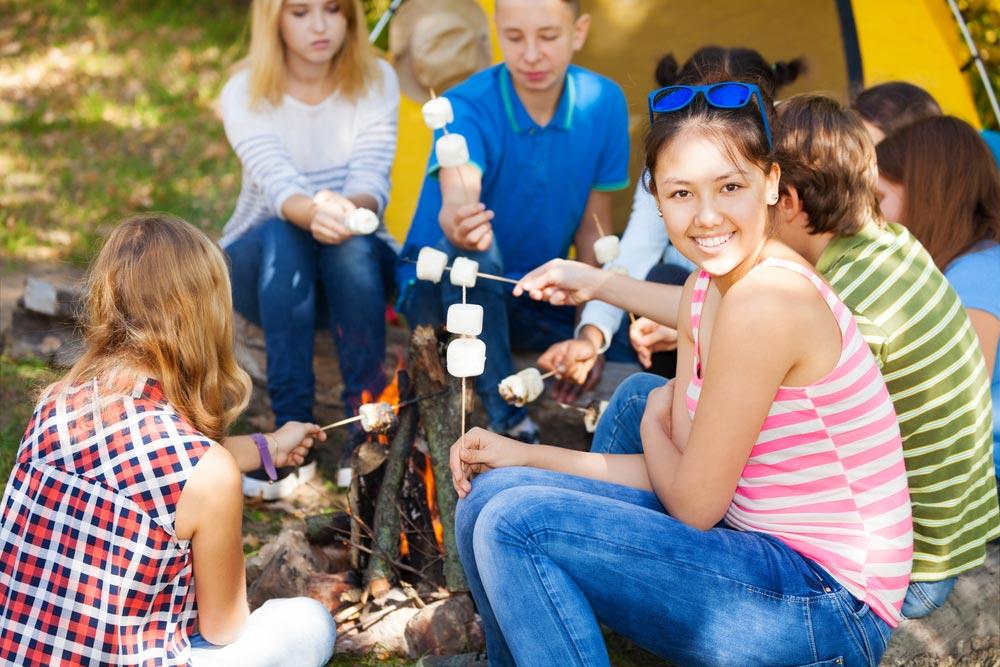 Чем современные летние лагеря отличаются от пионерских