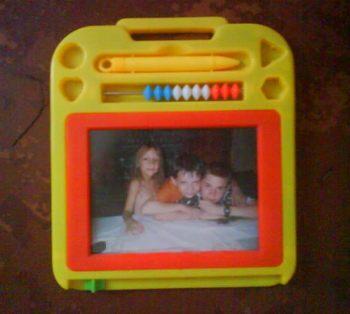 Фоторамка из игрушки