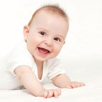 Уход за зубками малышей