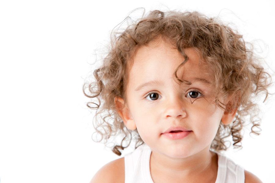 Как чистить молочные зубы ребенка