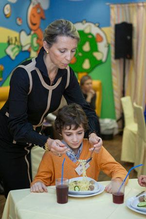 Воспитание – роскошь и средство передвижения? Правила этикета детям