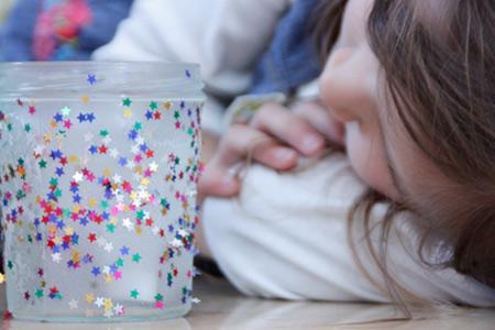 Волшебные новогодние поделки: украшаем дом вместе с детьми