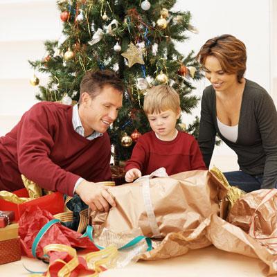 Новый год: подарки для мальчиков от года до 10 лет