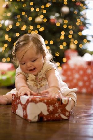 Новый год: подарки для девочек от года до 10 лет