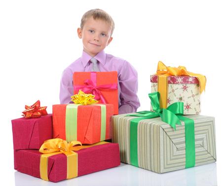 Подарки для мальчиков на 23 февраля