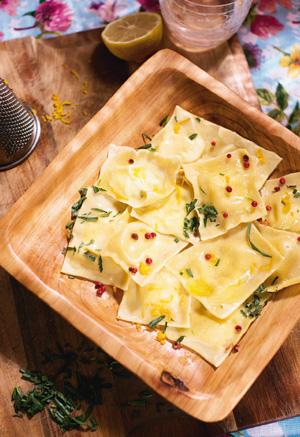 Рецепты от Юлии Высоцкой: три блюда из теста. Все дело в начинке