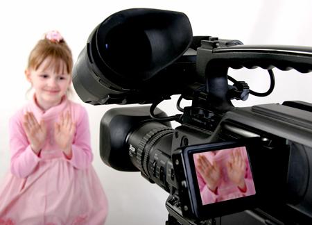 Смотреть порно видео девочки снимают себя на видео