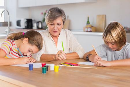 Ищем няню для ребенка. 4 способа: какой лучше? И проверка няни