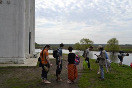 Развитие подростка: как вырастить культурного человека?