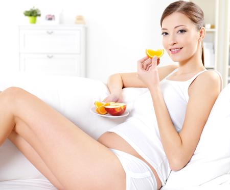 Симптомы беременности в 1, 2 и 3 триместрах