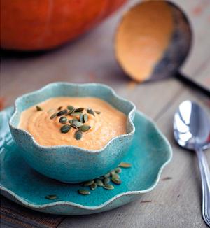 Суп-пюре из тыквы с арахисовым молоком