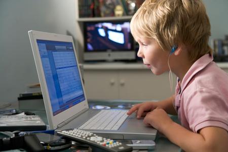 Онлайн-уроки для детей и взрослых: кому удобно, когда эффективно
